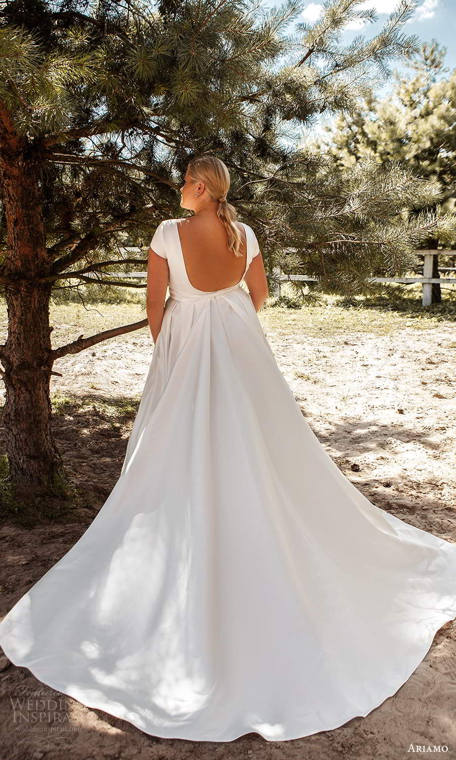 ariamo 2021 plus bridal short sleeve bateau neckline clean minimalist a line ball gown wedding dress chapel train (7) bv