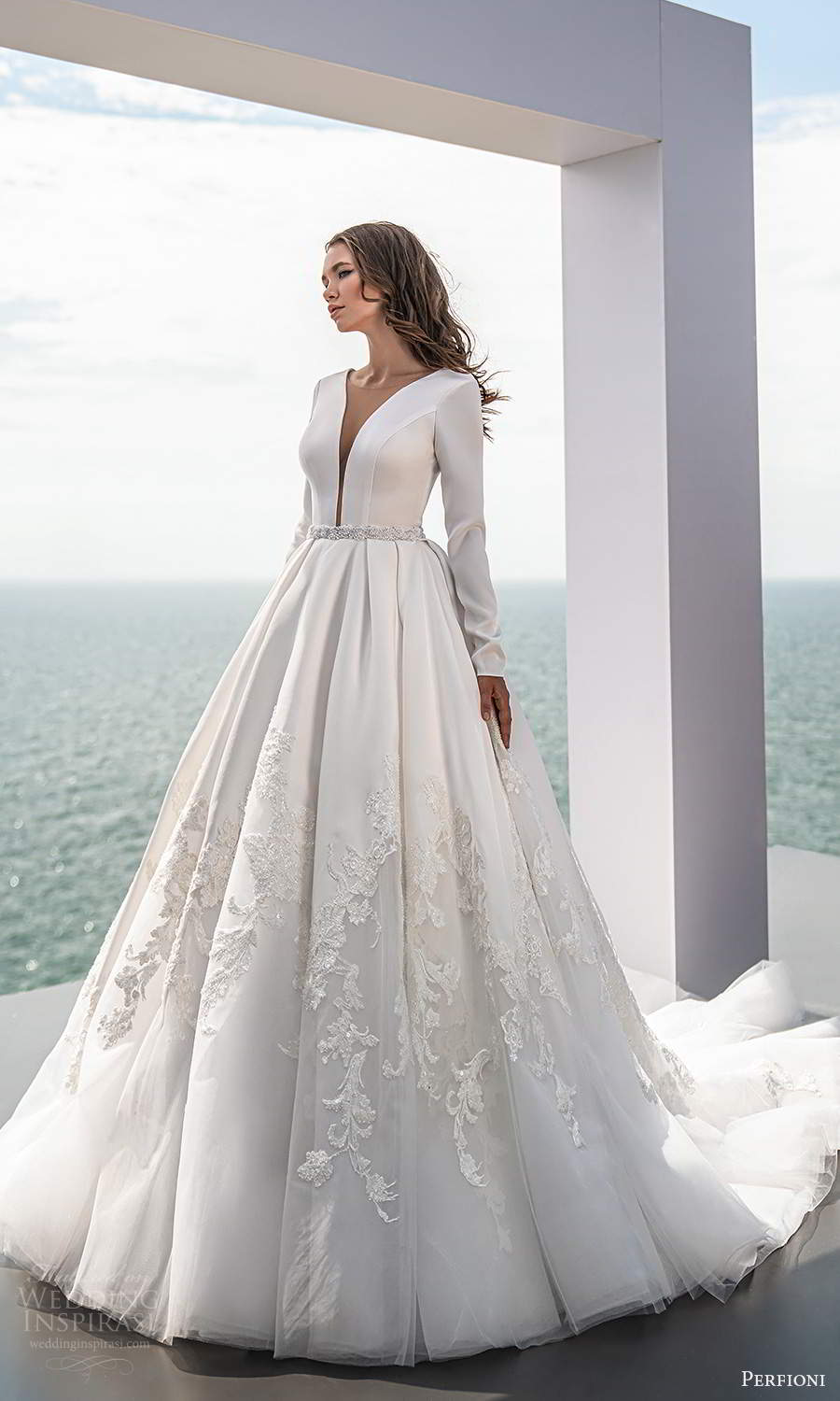 perfioni 2021 bridal long sleeves plunging v neckline clean bodice embellished skirt a line ball gown wedding dress chapel train (13) mv