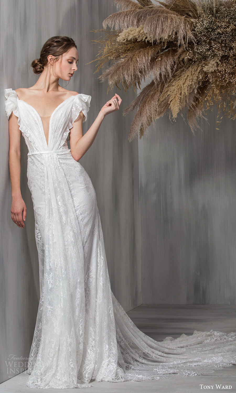tony ward 2021 bridal short puff sleeves plunging v neckline embellished lace column wedding dress chapel train (19) mv