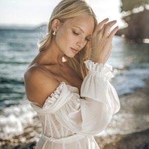 gal avitan 2021 bridal collection featured on wedding inspirasi thumbnail