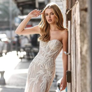adam zohar 2021 lago bridal collection featured on wedding inspirasi thumbnail