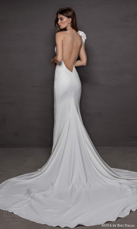 noya riki dalal 2021 bridal one shoulder strap asymmetic neckline clean minimalist sheath wedding dress chapel train (4) bv