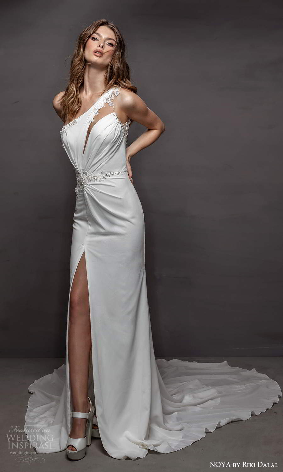 noya riki dalal 2021 bridal sleeveless one shoulder strap asymmetric neckline clean minimalist sheath wedding dress slit skirt chapel train (12) mv