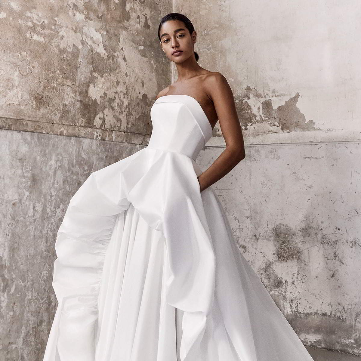 viktor and rolf fall 2021 bridal collection featured on wedding inspirasi thumbnail