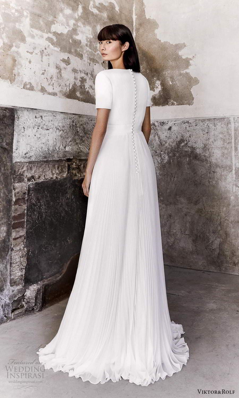 viktor and rolf fall 2021 bridal short sleeve v neckline clean minimalist a line ball gown wedding dress pleated skirt chapel train (18) bv