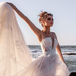 yaniv persy 2021 bridal collection featured on wedding inspirasi thumbnail