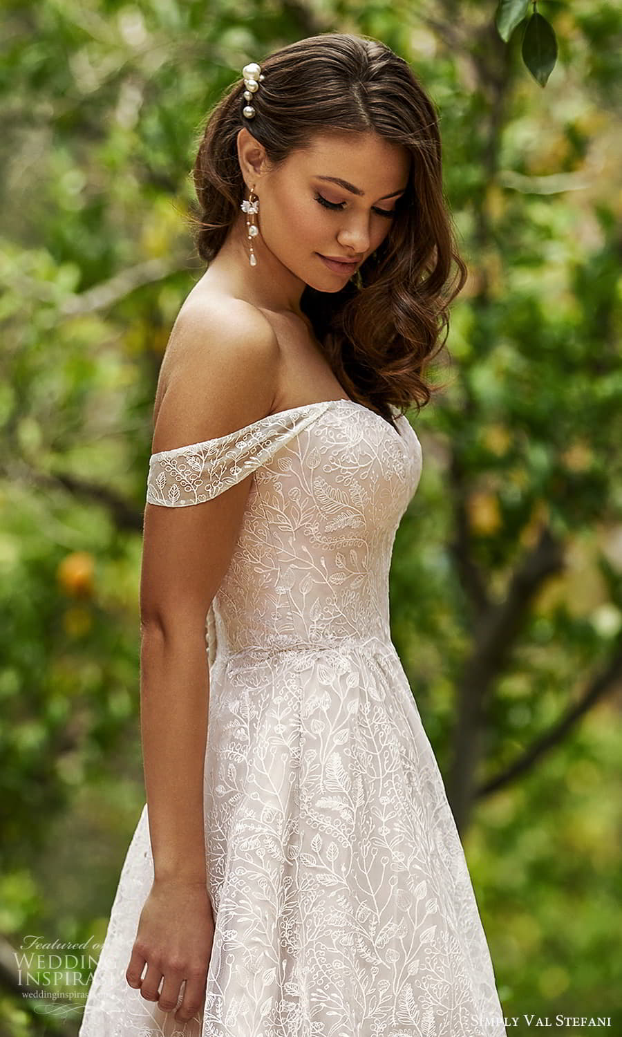 simply val stefani spring 2022 bridal off shoulder straps sweetheart neckline fully embellished lace a line ball gown wedding dress chapel train (8) zsv