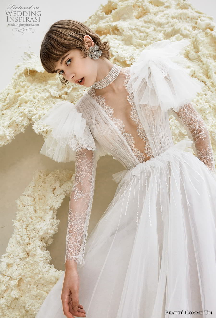 beaute comme toi spring 2022 bridal sheer long flutter sleeve plunging v neckline ruched lace bodice a line ball gown wedding dress chapel train (reese) zv
