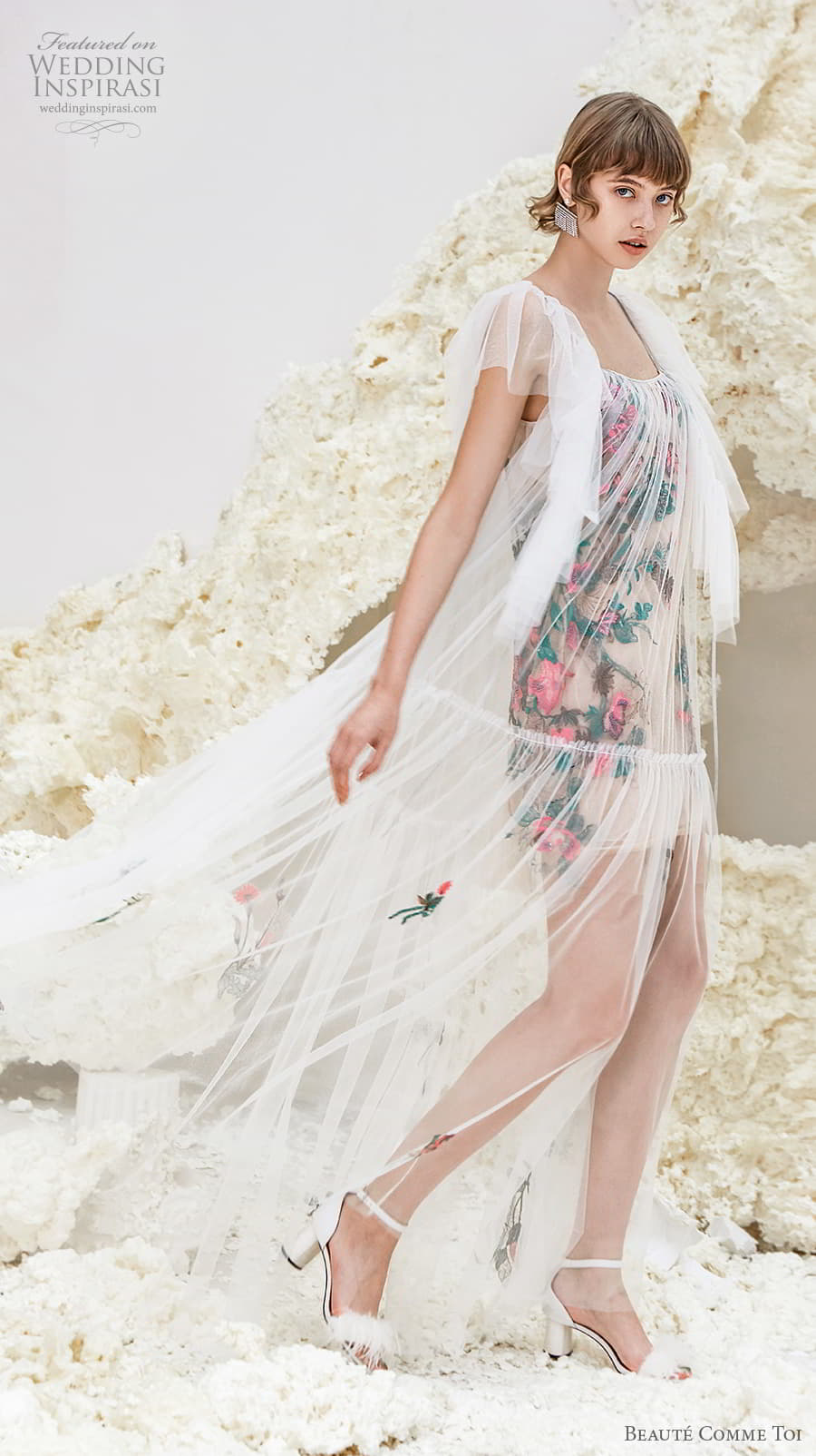 beaute comme toi spring 2022 bridal short handkerchief sleeves square neckline vintage art deco short wedding dress (sicily) mv