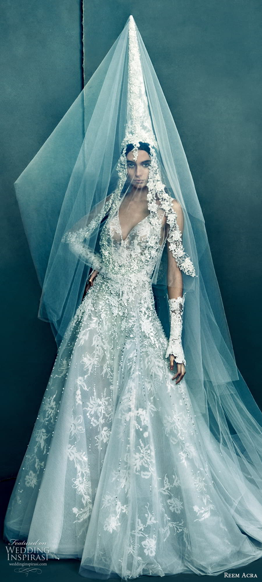 reem acra 2022 bridal sleeveless straps v neckline fully embellished lace a line wedding dress chapel train (4) lv