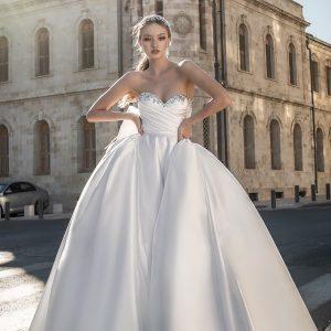 pnina tornai 2022 love bridal collection featured on wedding inspirasi thumbnail