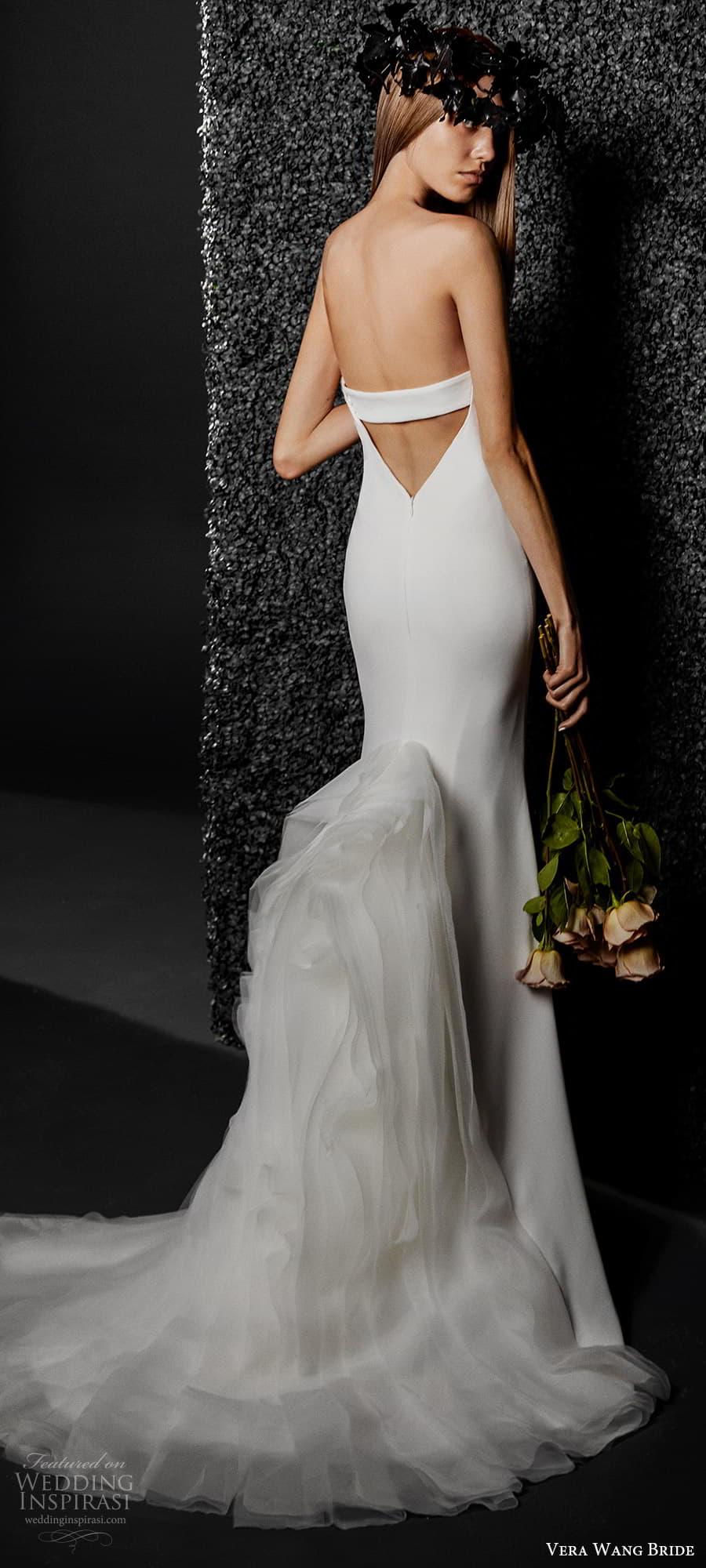 vera wang bride pronovias fall 2021 bridal strapless sweetheart clean minimalist mermaid wedding dress flange skirt chapel train (26) mv